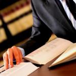 Как нанимать адвоката